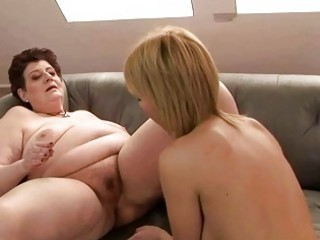 plump grandma adores amateur chick