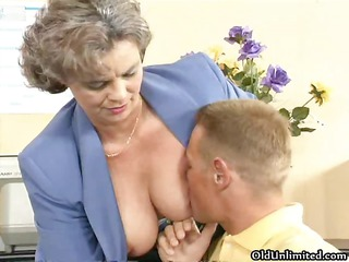 dirty elderly babe acquiring her bushy pussy part2