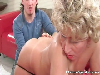 hot sweet nasty big bleached mature babe slut