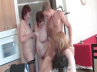 group sex older  hoes take turns inside sucking