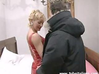 awesome english albino woman quarantenne