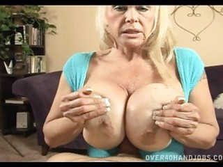 tanned bleached momma with fucking big hooters