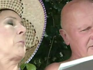 elderly obtains a cumshot!