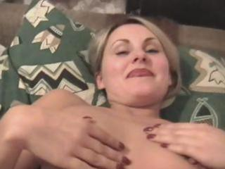 sexy woman gives super cock sucking