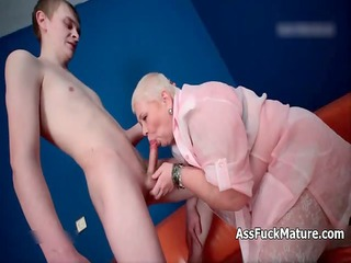 lucky man gets to bang a horny