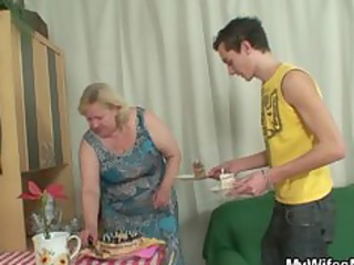 maiden comes inside during her large mom rides my