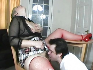 tiny haired uk lady takes her vagina eaten out