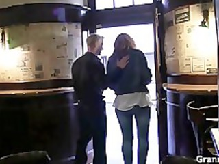 he picks up drunk milf and fucks her difficult