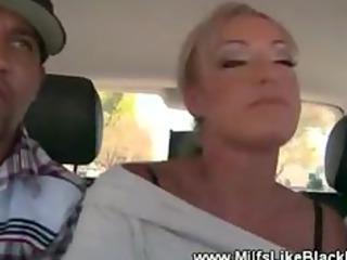 ashen lady licks dark dick