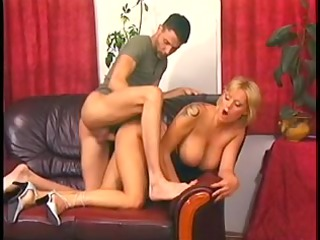 golden-haired mommy with perfect jugs pumped on a
