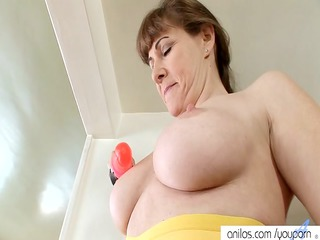 woman alexandra silk vibrator bang