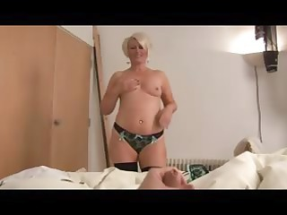 cougar bimbo ruling over a libido point of view