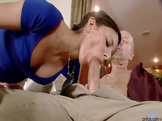 thin wife comes house and blows man