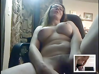 wonderful mature plays  for someone on cam