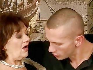 Старухи и старые бабушки в порно