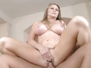 sweet blond momma dyanna lauren slams her wet