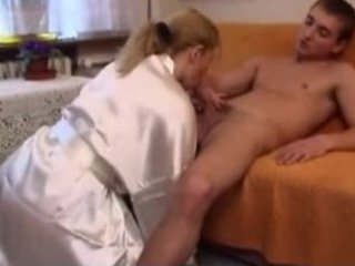 cougar chick and inexperienced man 15