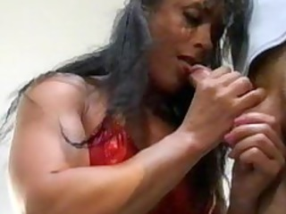 bodybuilding grownup woman anal