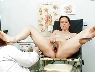 unpretty grownup housewife at pervy gyno