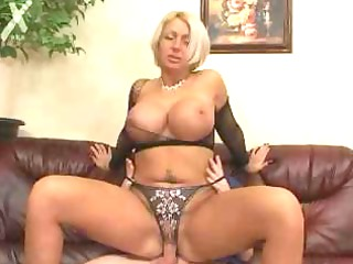boning the huge bossom mature babe